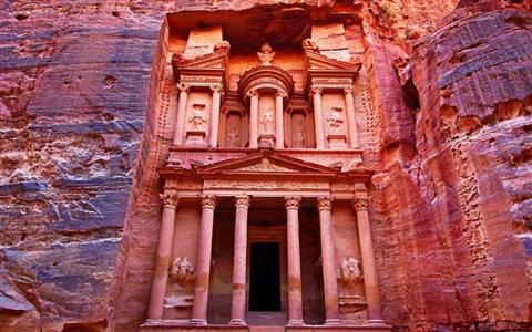 Day Trip to Petra and Wadi Rum